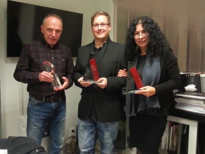 Ocenenia zo skla pre najlepších pracovníkov firmy ARTRA