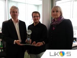 Pamätná plaketa zo skla k 20. výročiu firmy LIKO-S