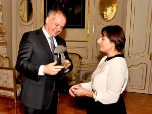 Huba roka 2014 – ocenenia pre najlepšie a najhoršie komunikujúcich politikov